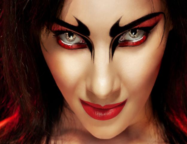 Halloween Makeup Devil And Angel.Woman Devil Face Makeup Saubhaya Makeup
